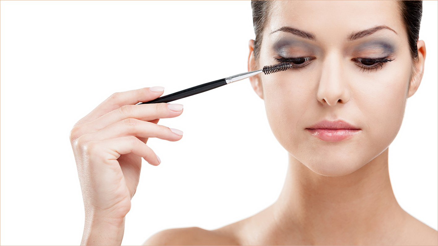 Professionelles Make-Up - TopPharm Hirschen Apotheke, Magden