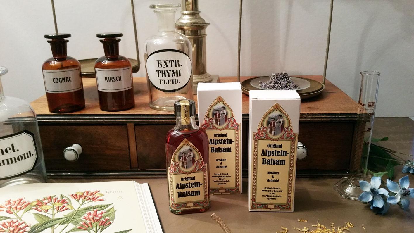 Original Alpstein-Balsam – erhältlich in der TopPharm Apotheke Appenzell