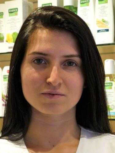 Laura Sibonjic / TopPharm Batterie Apotheke / Ihr Gesundheits-Coach