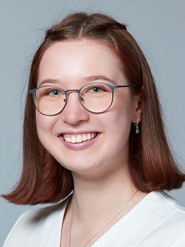 Julia Kasper / Pharma-Assistentin / TopPharm Apotheke Kunz