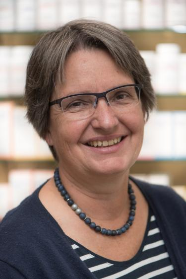 Ursina Schwegler, Apothekerin