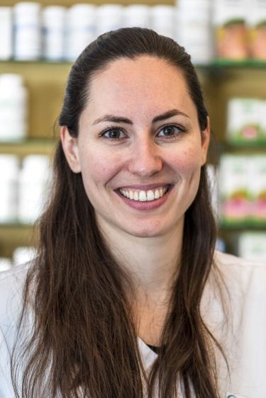 Gabriela Köpfli, Apothekerin